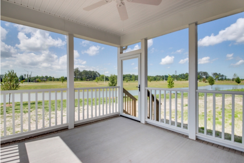 Screen porch at Grassfield Meadows